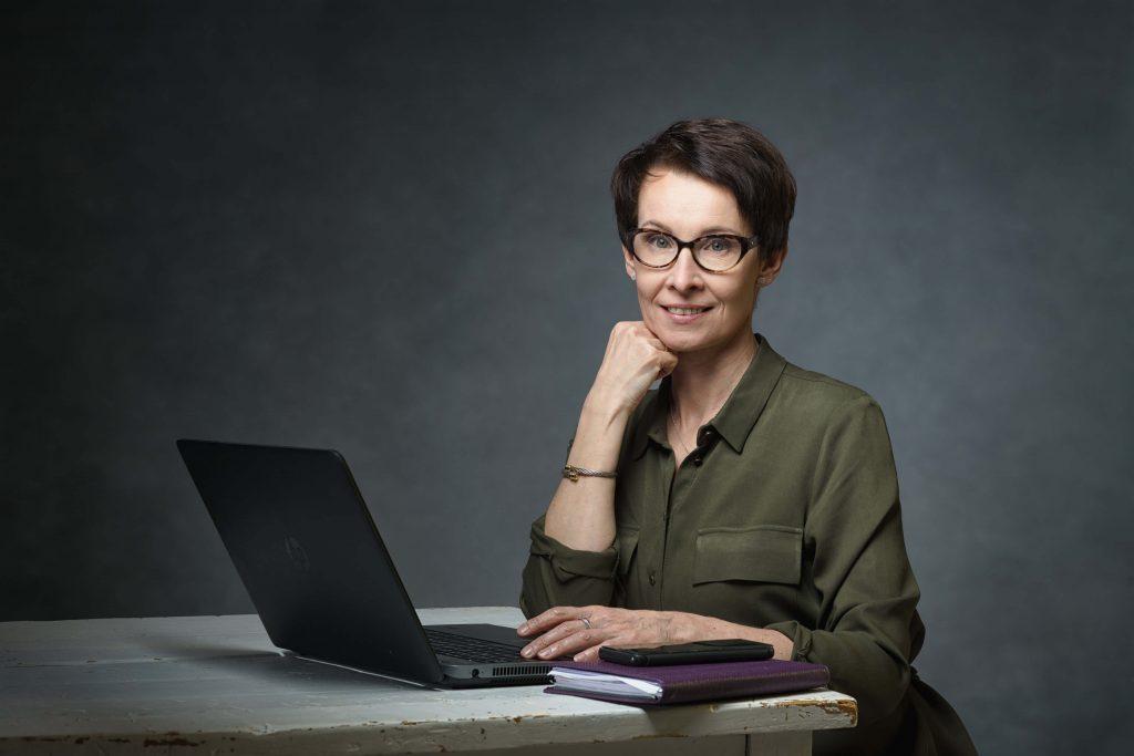 Saija Myllykoski: Houseclinic - Etäterapia
